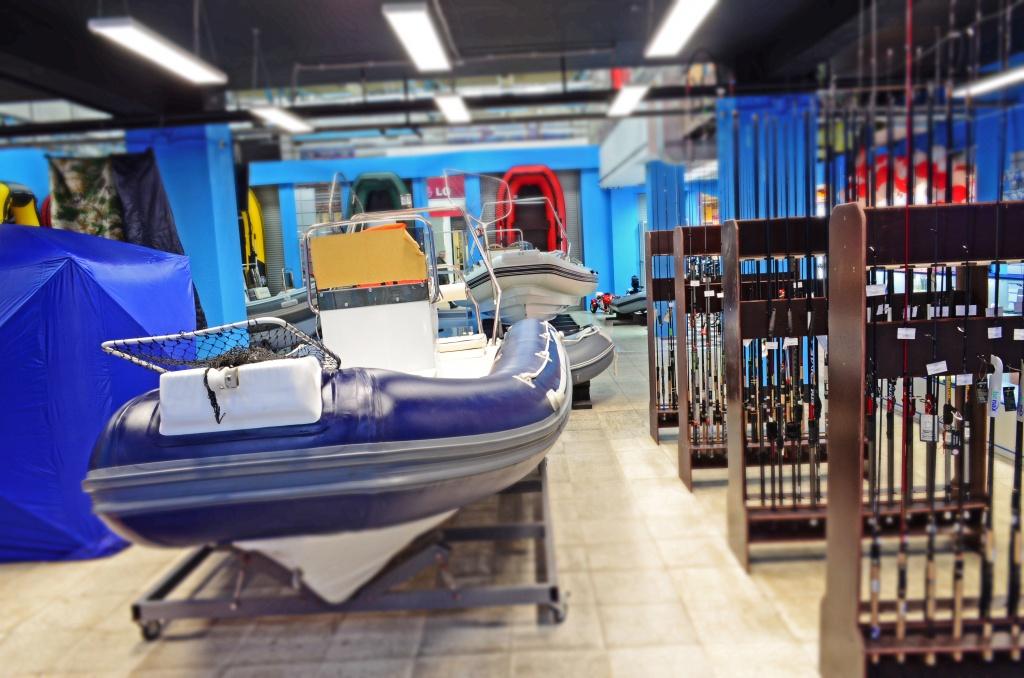 крупнейший магазин лодок